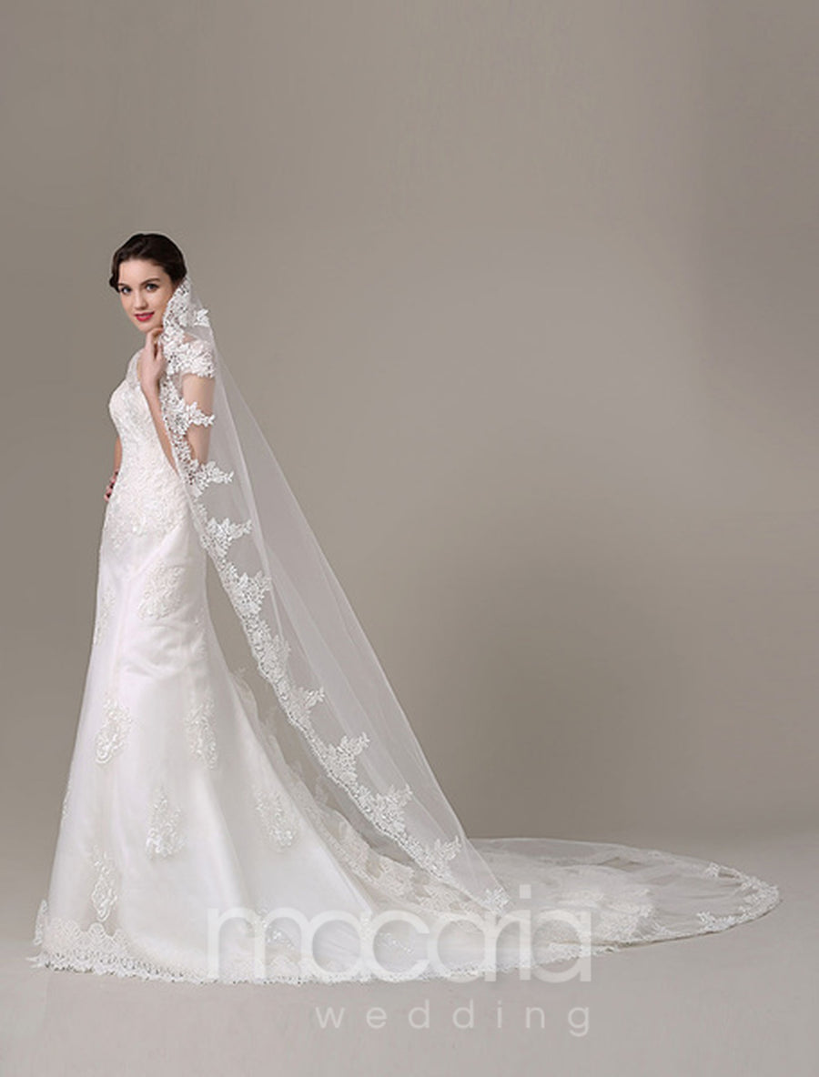 Classic Ivory Lace Applique Tulle Chapel Veil - Macaria Wedding