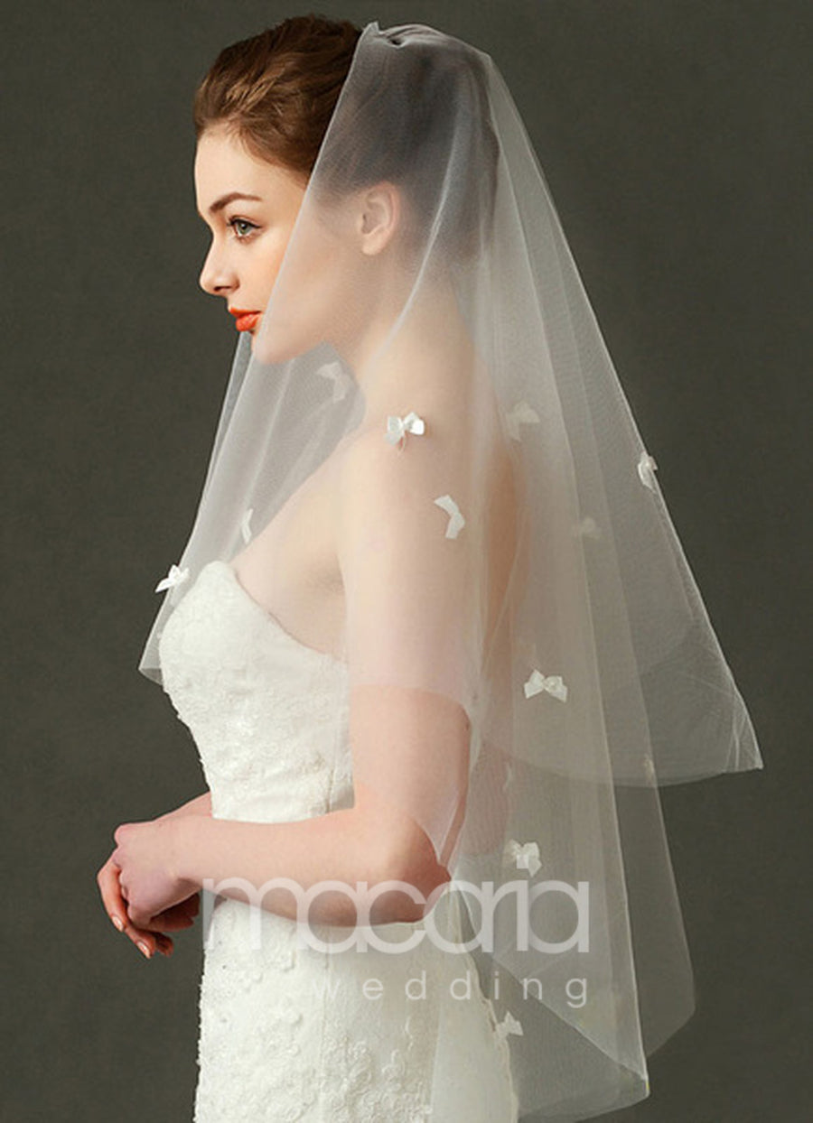 Cut Edge 3D Bow 2-Tier Tulle Wedding Veil - Macaria Wedding
