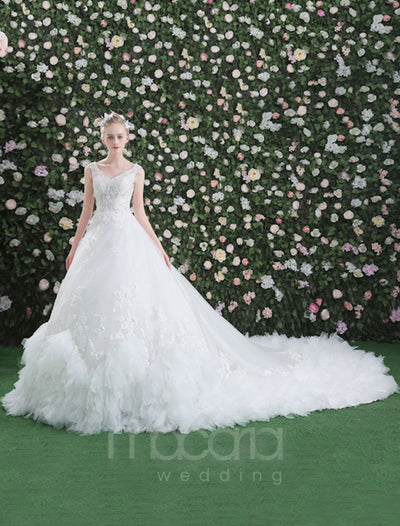 Luxury V-Neck Ruffles Tulle Wedding Dress - Macaria Wedding