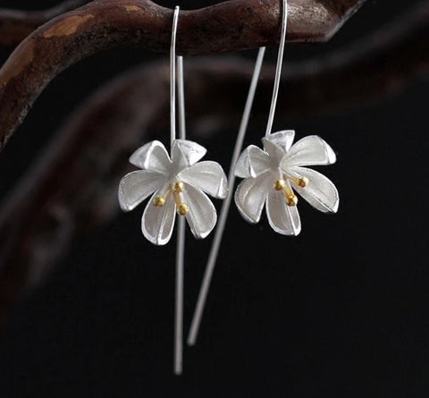 Stunning Sterling Silver Lotus Flower Earrings