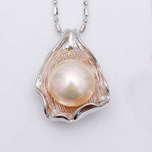 Pearl Shell Necklaces