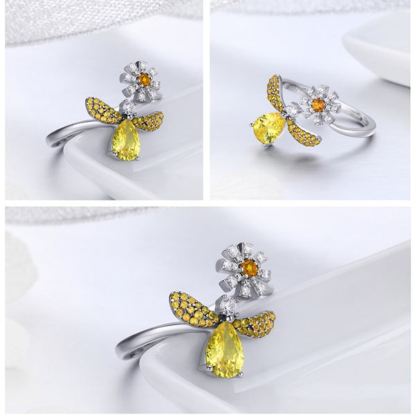 Daisy Drop Bee Ring