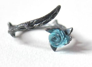Crystal Rose Thorn Ring