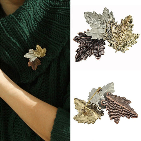 Elegant Vintage Maple Leaf Brooch