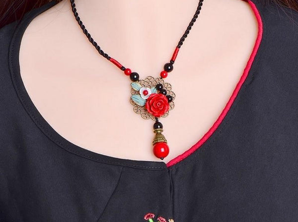 Cute Red Rose Shell Necklace