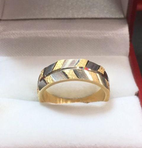 New 14k Solid Yellow & White Two Tone Diamond Cut 6mm Gold ring- 4.5g Size - 6 - 3 Royal Dazzy