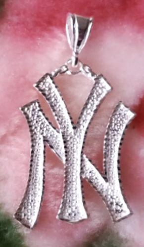 Cool Hip Hop New York City Solid .925 Anti Tarnish Sterling Silver Pendant - 3 Royal Dazzy
