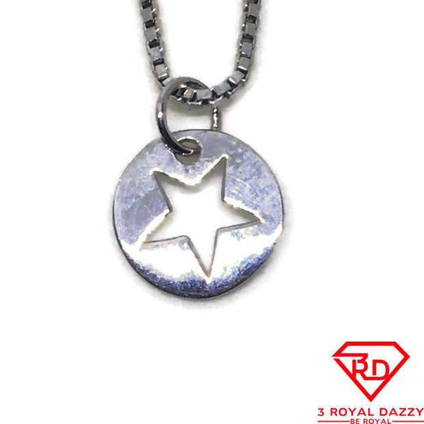 Round star baby charm pendant White gold on Silver