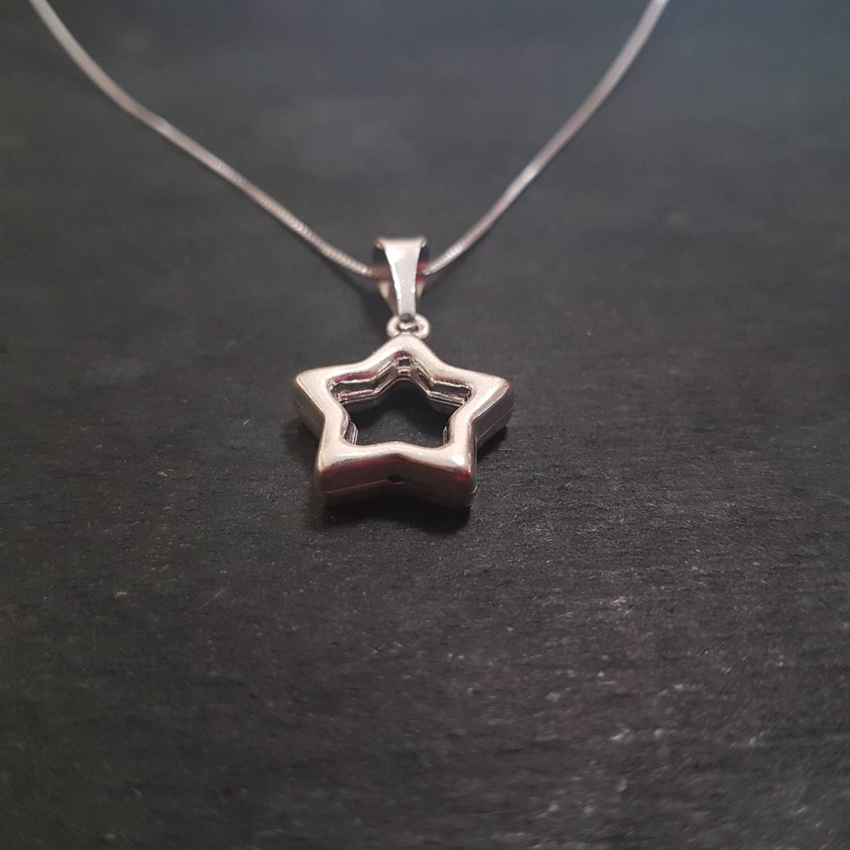 Anti Tarnished 925 Sterling Silver Hollow Star Pendant Charm with free chain