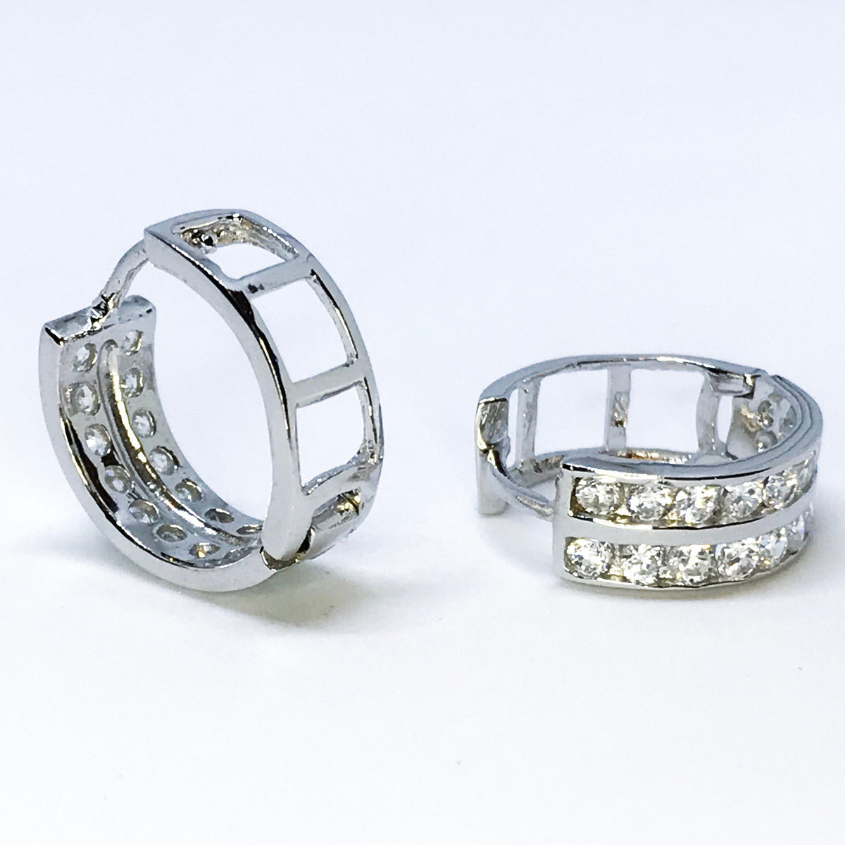 14K white gold on sterling silver hoop earrings - 3 Royal Dazzy