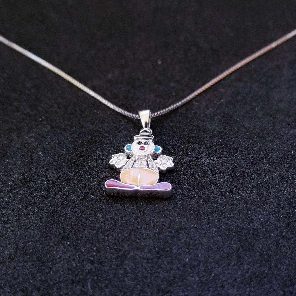 New 14k White Gold On 925 Sterling Silver Small Clown CZ Stones Pendant Free Chain