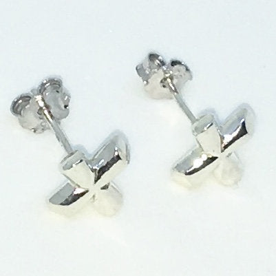 New Handcraft X mark on 925 Solid Sterling Silver Stud Earrings ( 6 . 3 mm )