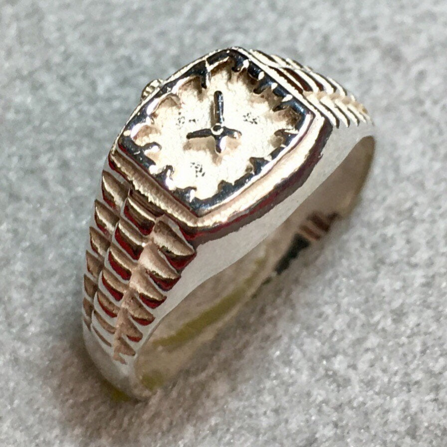 c38e89a1b1f93 New handcrafted 925 Sterling Silver small Watch Ring Size 6