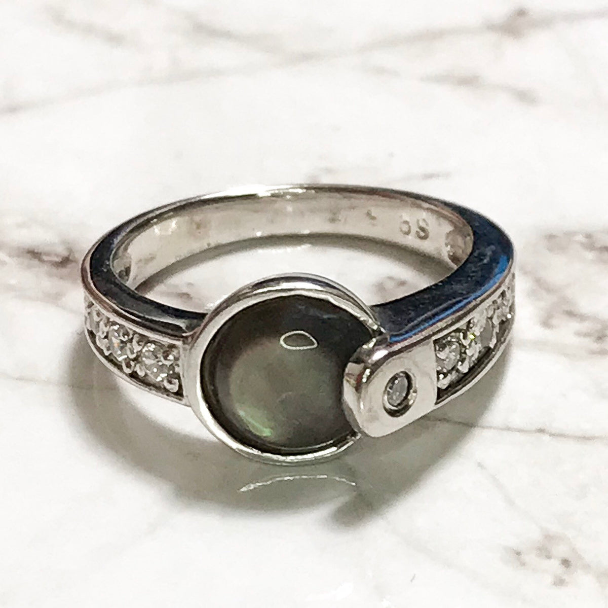 NEW 14k White Gold Layered On Sterling Silver Circle Black-Navy Colored Stone Ring