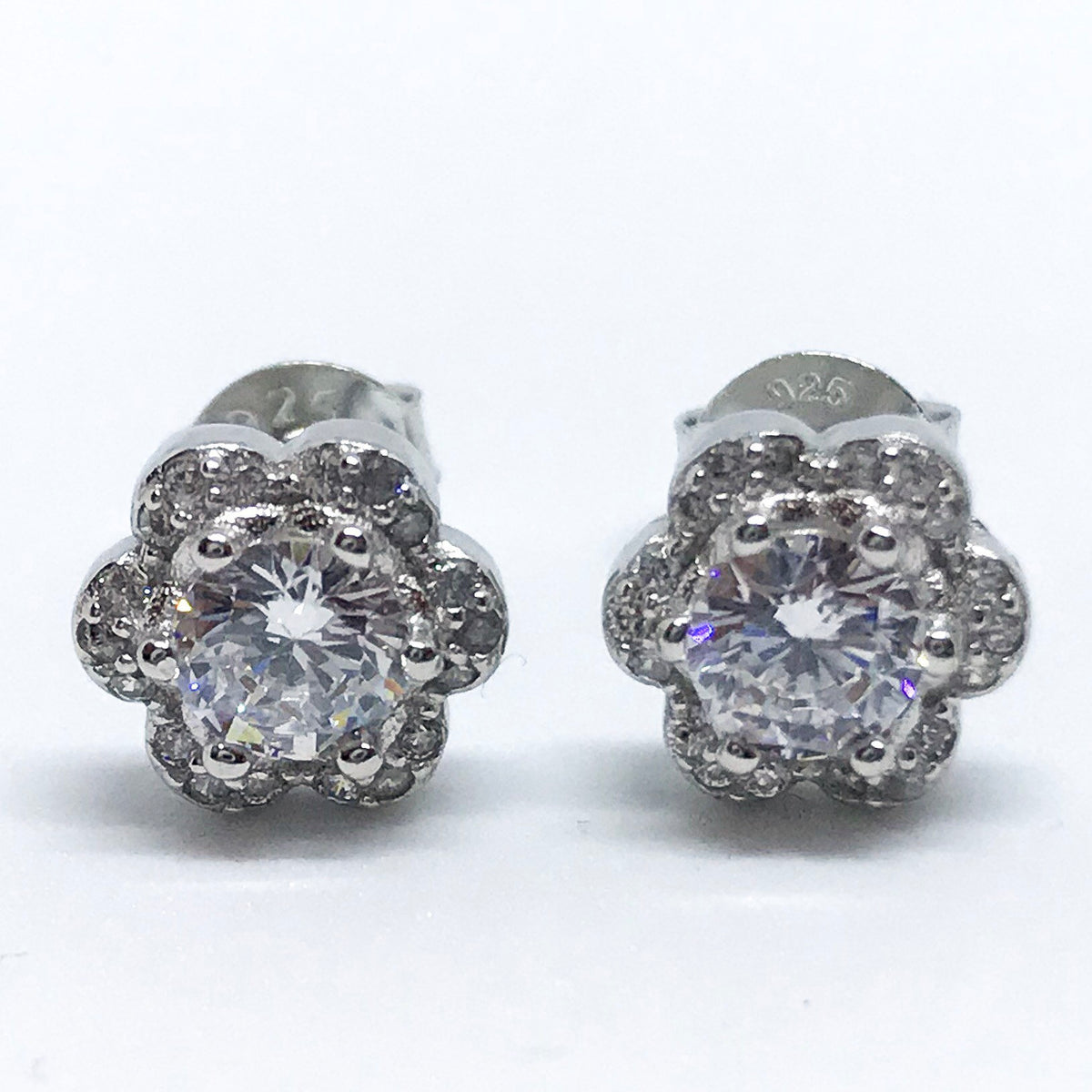 NEW 14K White Gold Layered on Sterling Silver Flower Stud Earrings