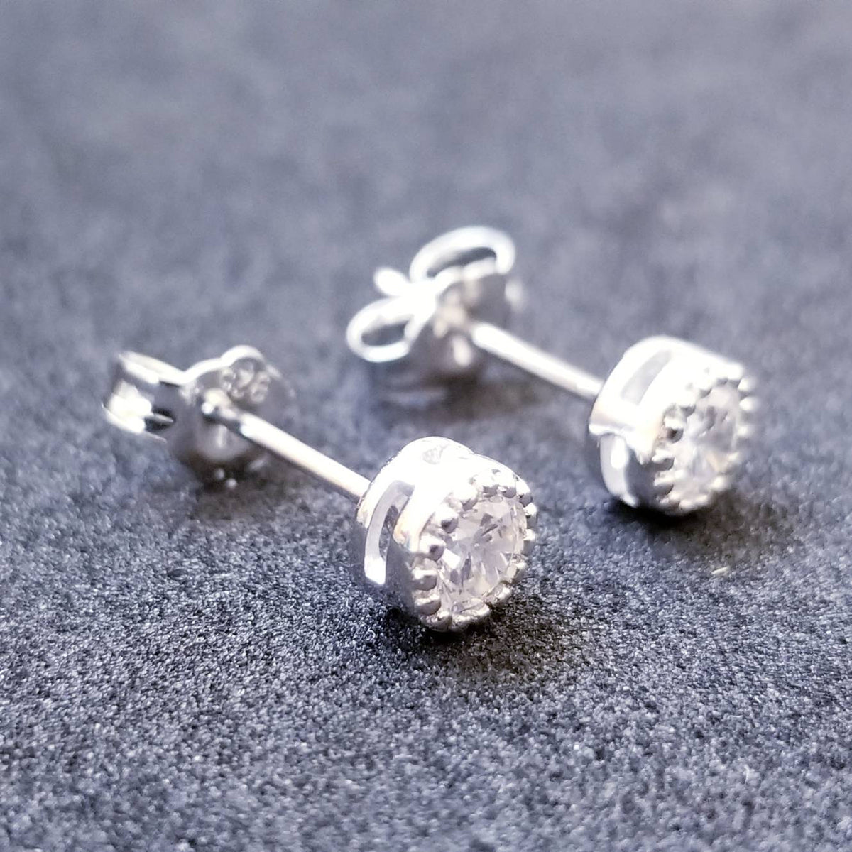 New 14K White Gold on 925 Sterling Silver Cute Round Crown CZ Stone Earrings