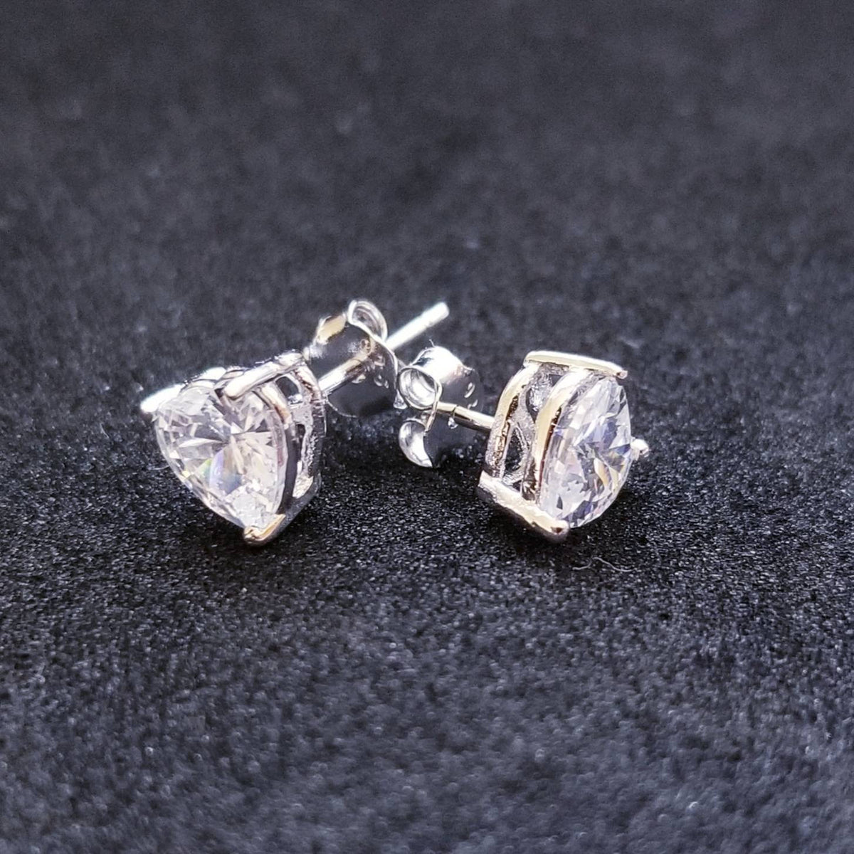 New 14K White Gold on 925 Small Heart Earrings