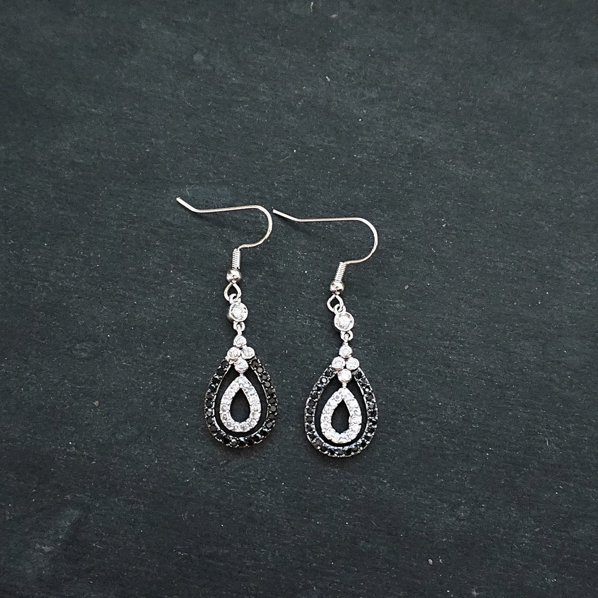 New 14k White Gold on 925 Sterling Silver Swift Black and Silver Layer Drop Earrings ( 1 4 . 2  mm )