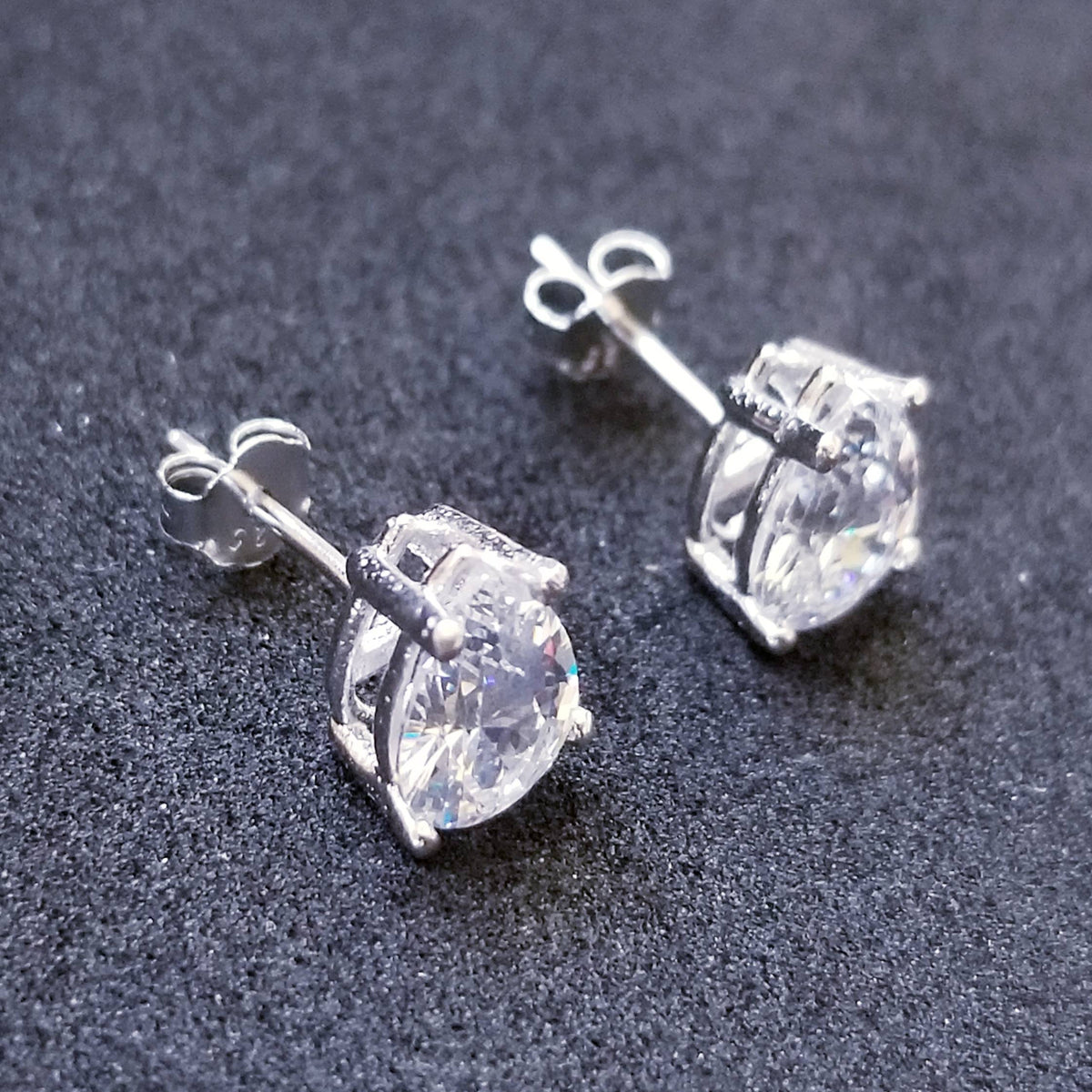 New 14K White Gold on 925 Sterling Silver Small Teardrop CZ Stone Earrings