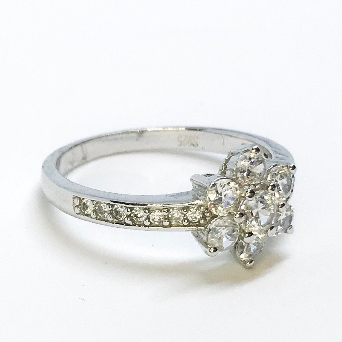 NEW 14K White Gold Layered on Sterling Silver Flower Ring