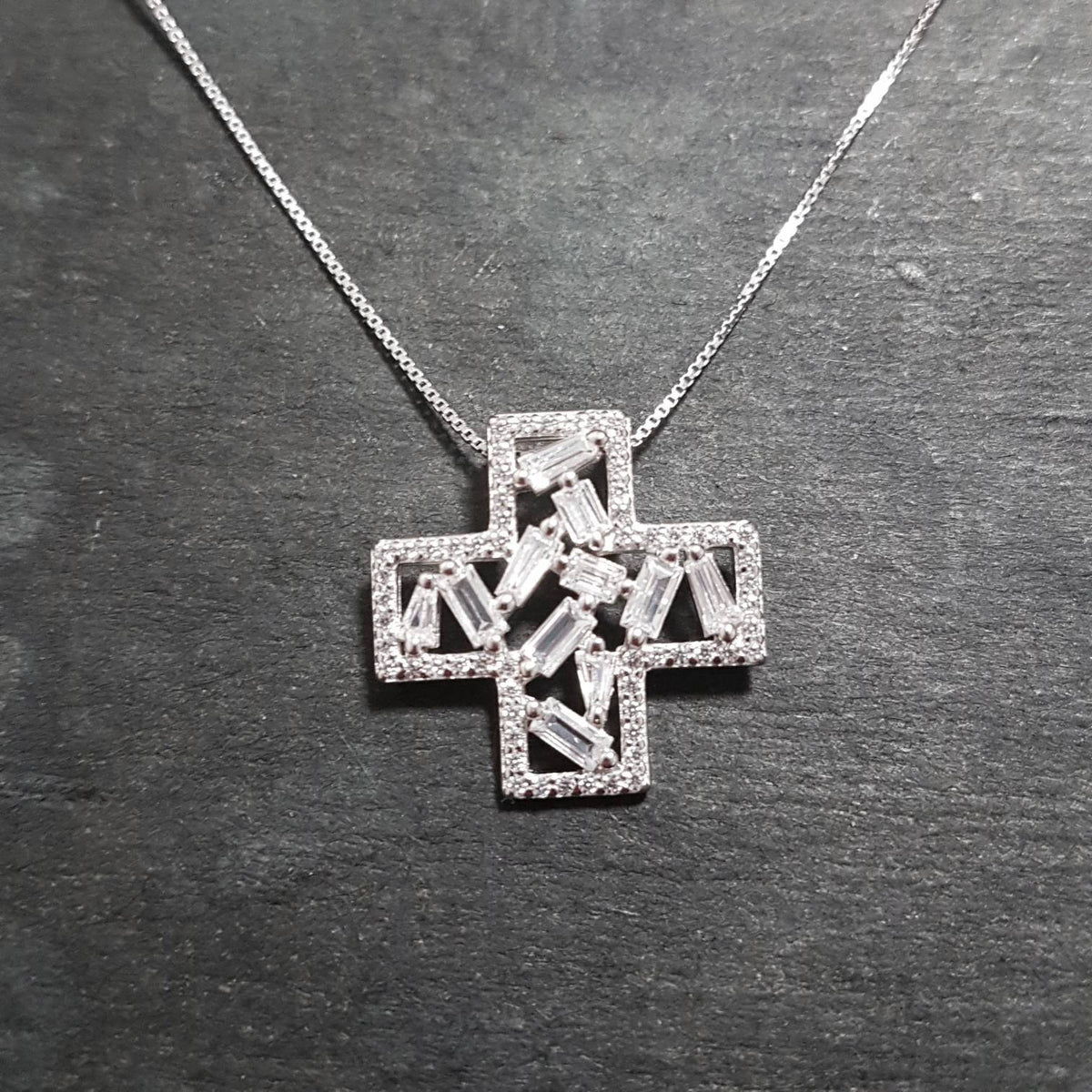 New 14k White Gold On 925 Cross Sign Pendant Charm