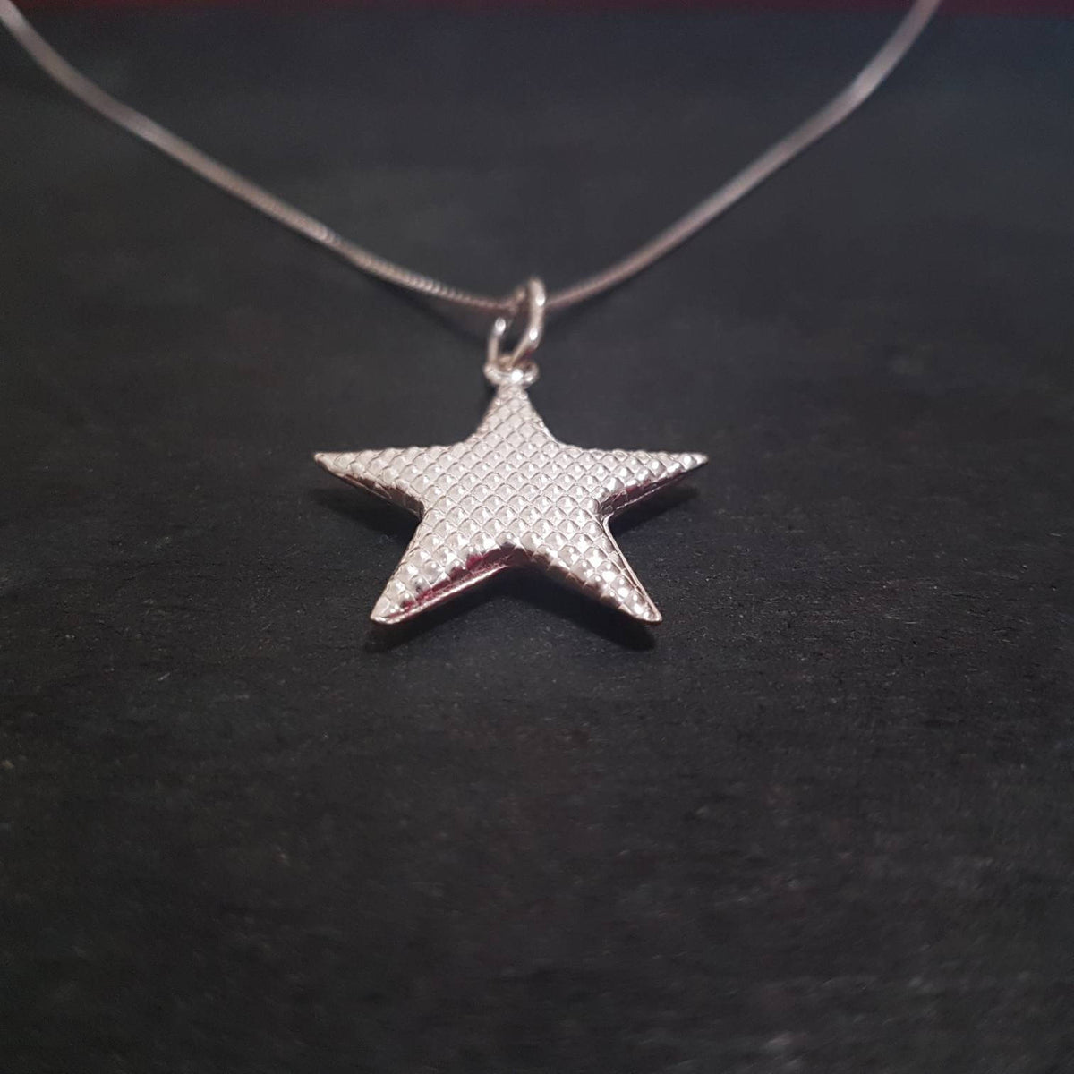 Anti Tarnished 925 Sterling Silver Quilted Star Pendant Charm with free chain