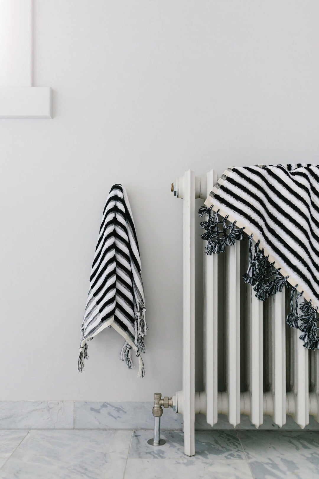 Picture of: Black And White Stripe Luxury Bath Mat Organic Cotton Loom Towels