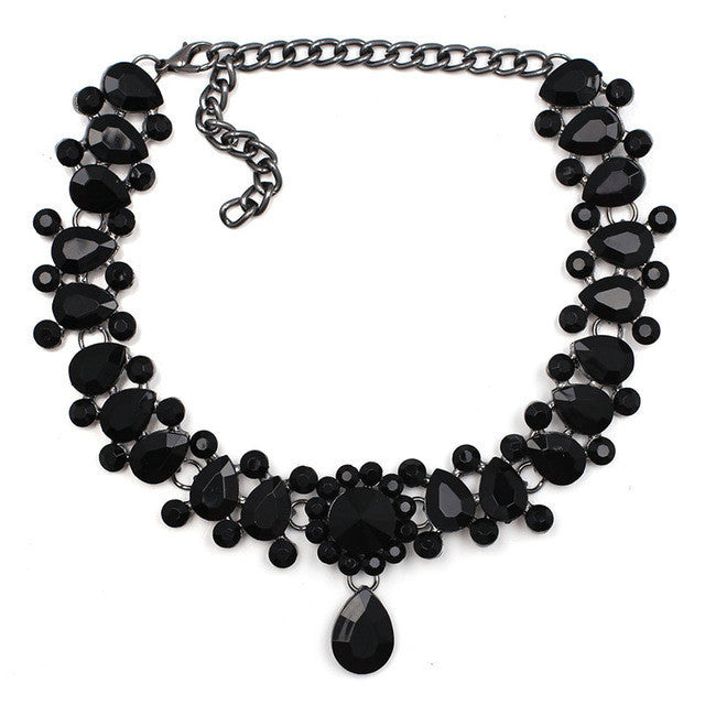 '' Thè '' Necklace  - Black
