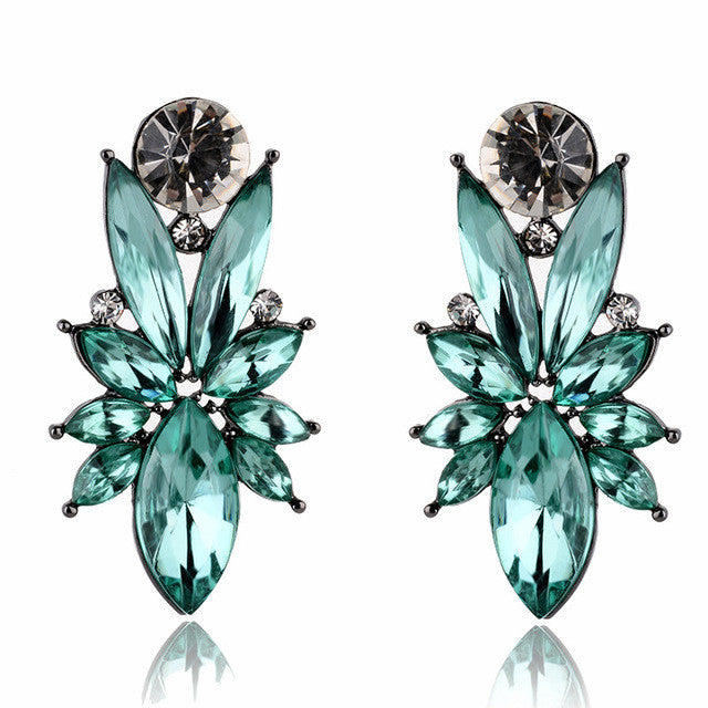 I'm So In Love Earrings - Deep Green