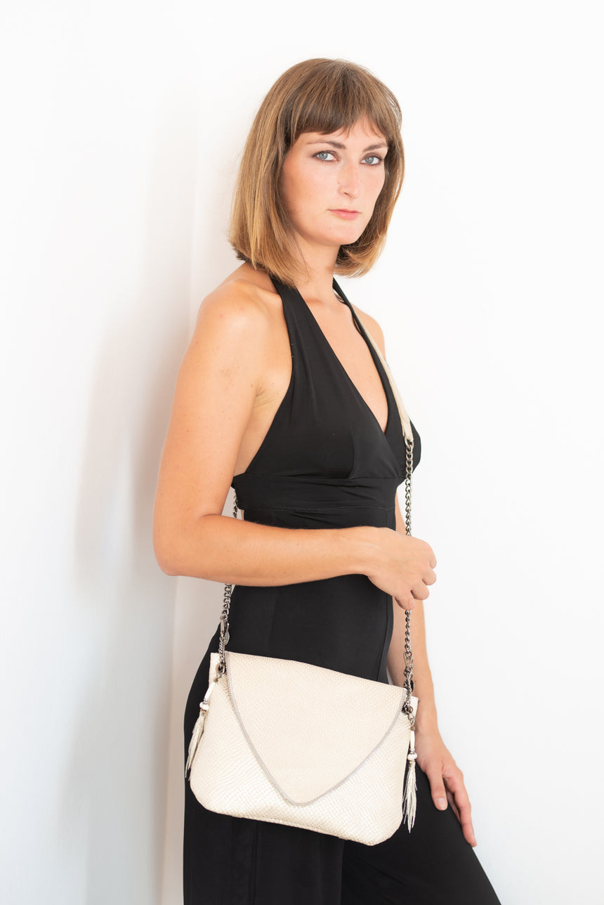 Handmade tan leather V handbag Linda Ibiza