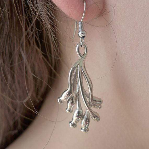 ascilla sponge earrings in polished silver