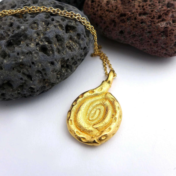 Spiroloculina nitida Foraminiferan Pendant Pendant [Ontogenie Science Jewelry] gold-plated steel 40 cm/16 in