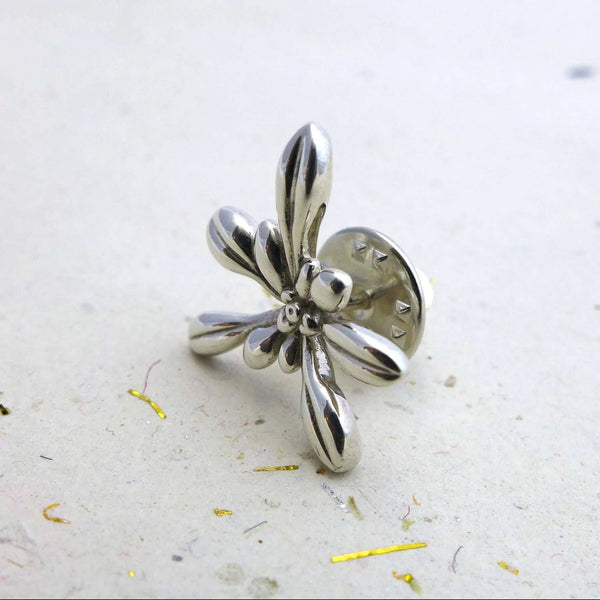 Science jewelry:Silver Arabidopsis lapel pin