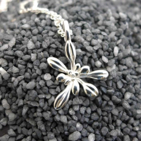 Arabidopsis Rosette small Pendant [Ontogenie Science Jewelry]