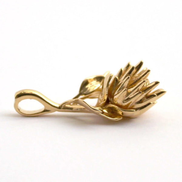 King Protea Pendant Pendant [Ontogenie Science Jewelry] 14K goldplated brass 40 cm/16 in