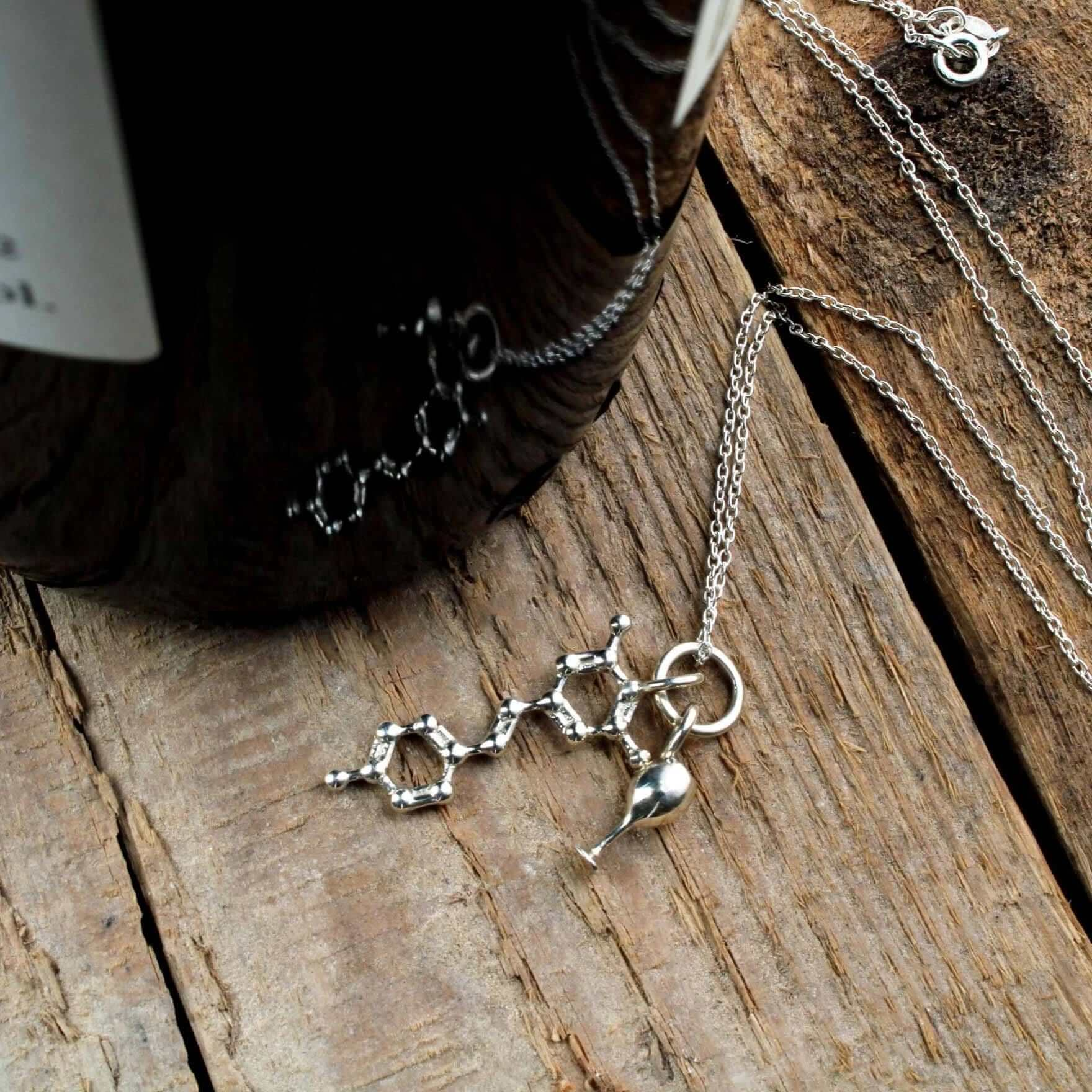 Resveratrol Charm Pendant Pendant [Ontogenie Science Jewelry]