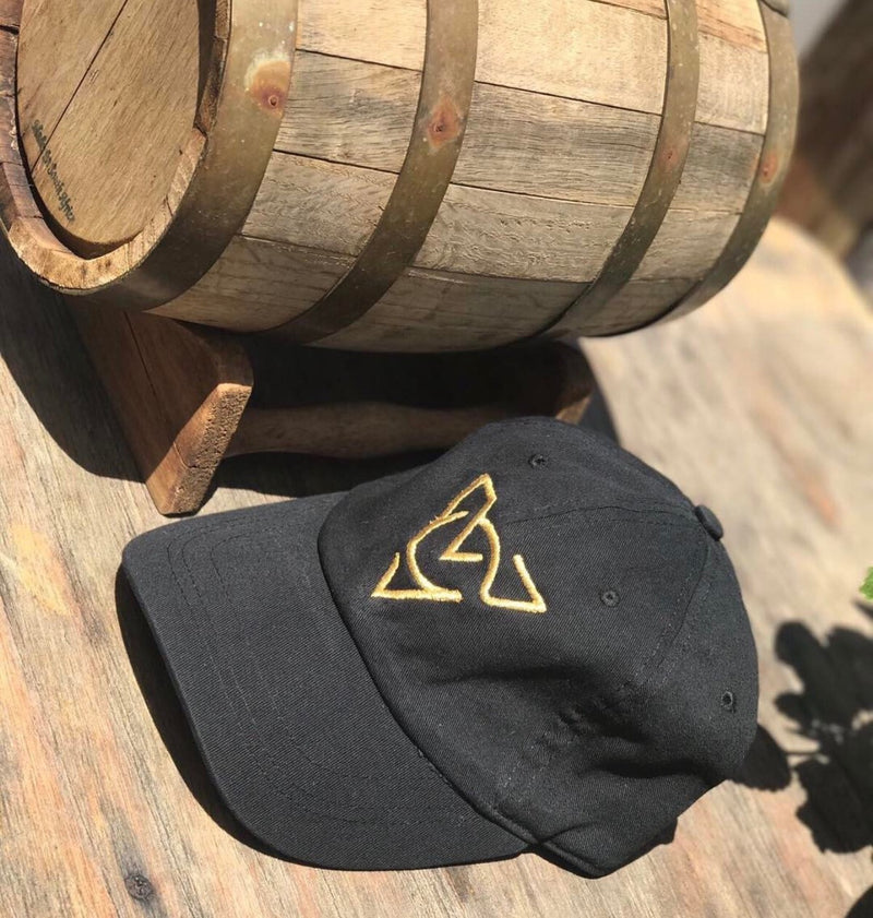 Black Verch Chatil Cap (Gold Edition)