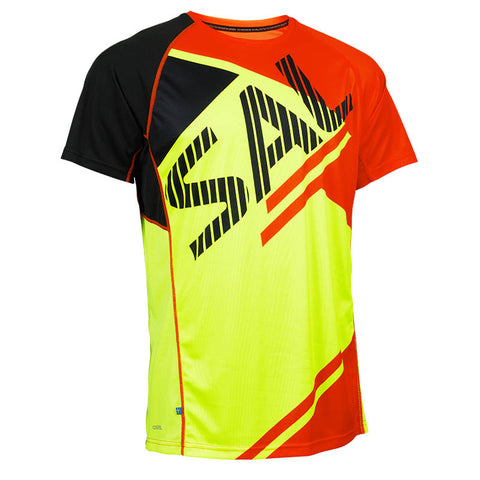 SALMING BOLD PRINT TEE<br /> <h6>Safety Yellow, Orange Flame, Black</h6>