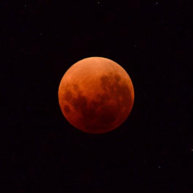 Aquarius Blood Moon Lunar Eclipse Ritual