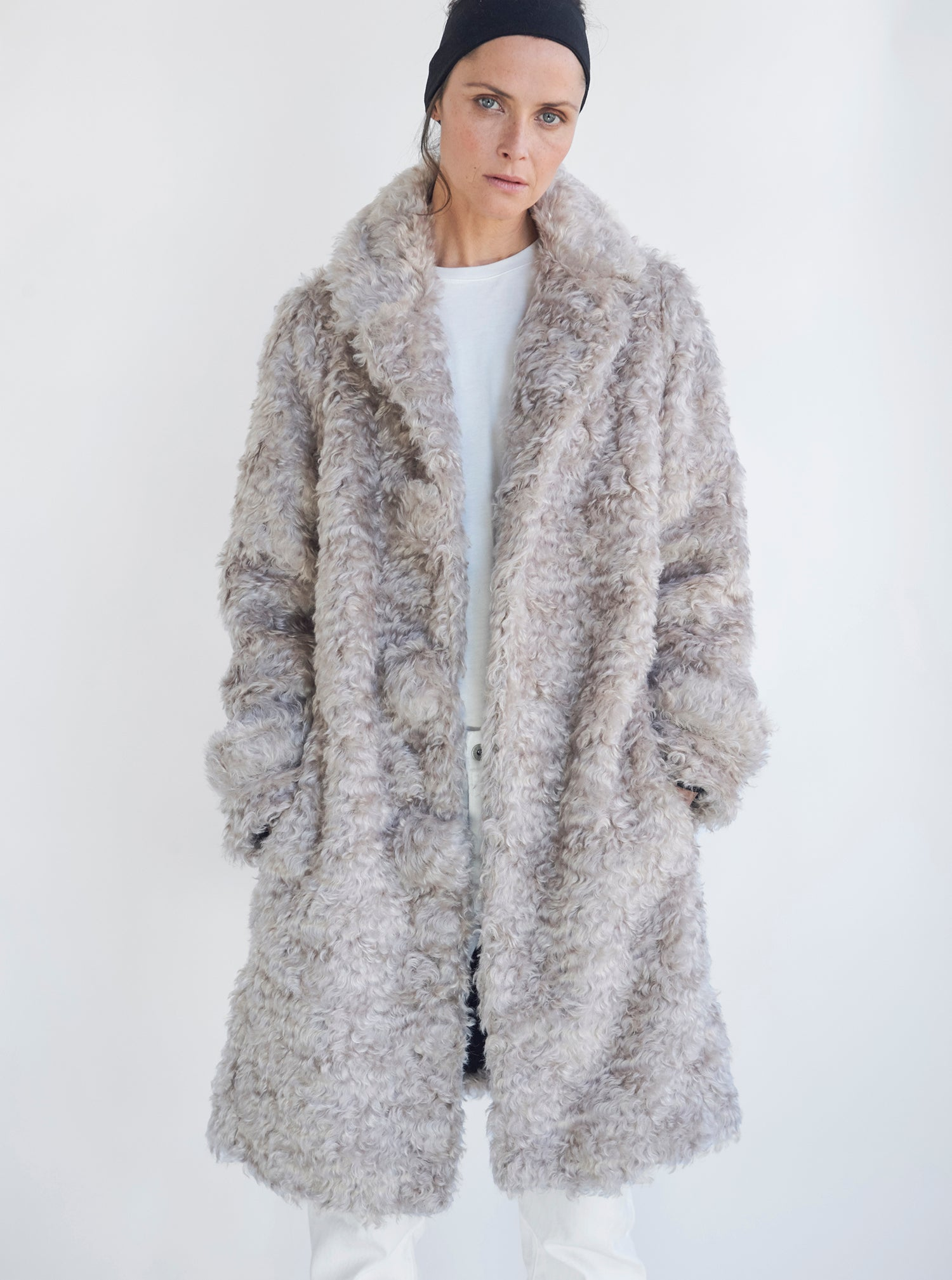 products/woolshearling_model.jpg