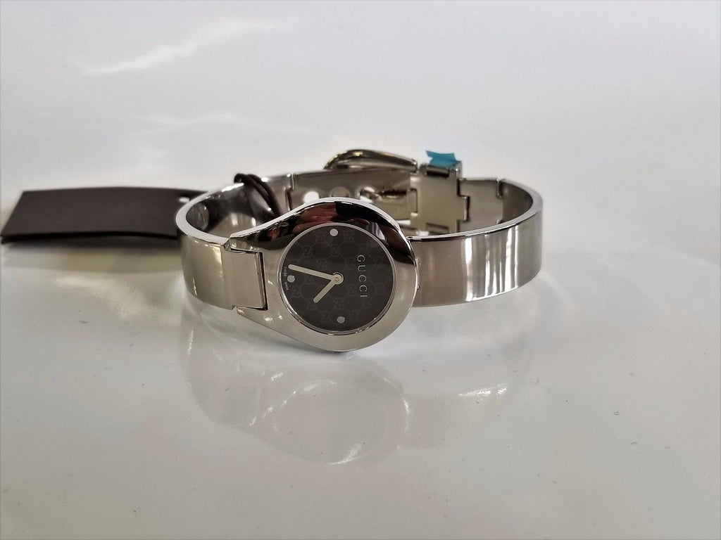 Gucci ladies watch 6700l