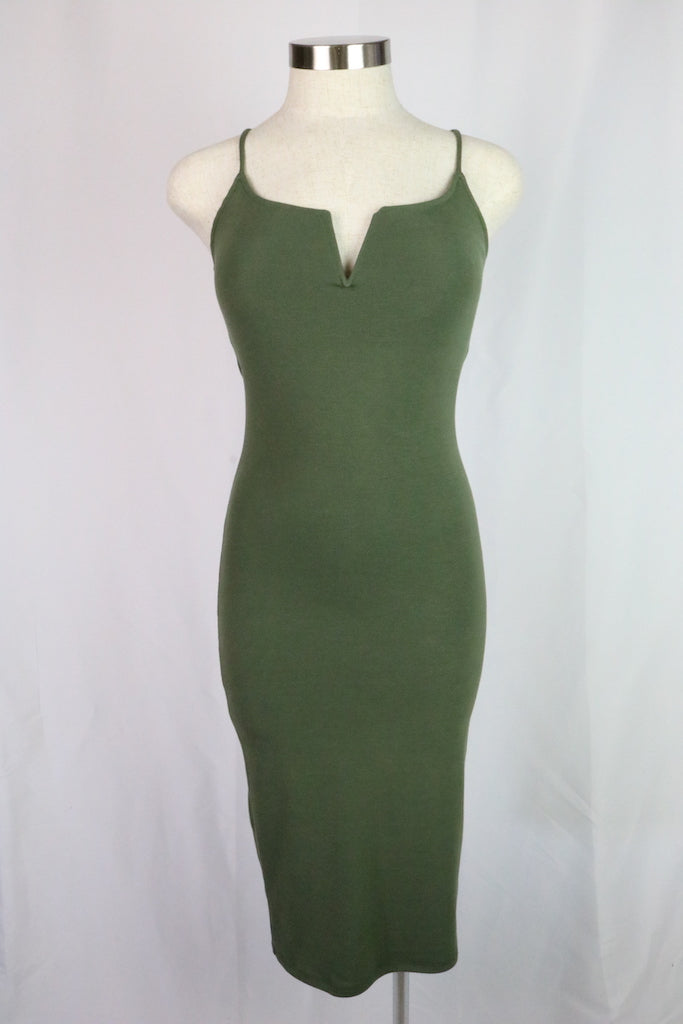 ~Stretchy and form fitting   ~Color: Olive green  ~Fabric: polyester / rayon / spandex