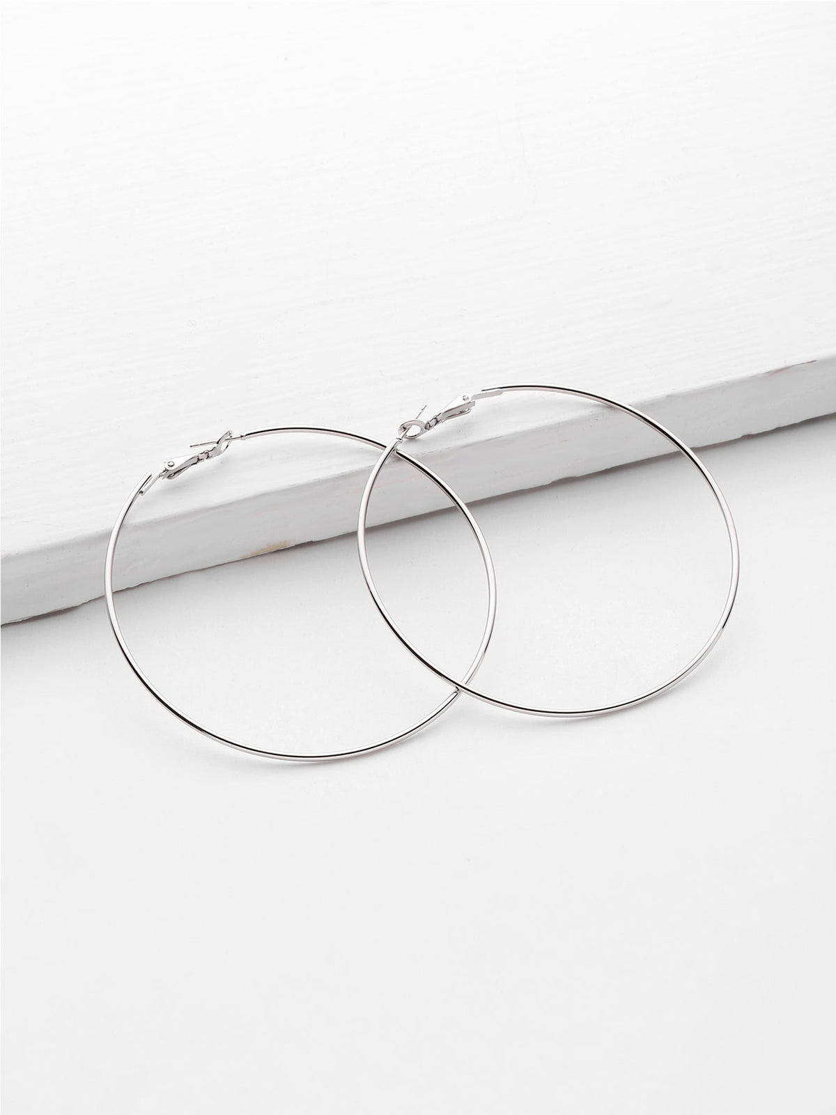 Minimalist Metal Hoop Earrings
