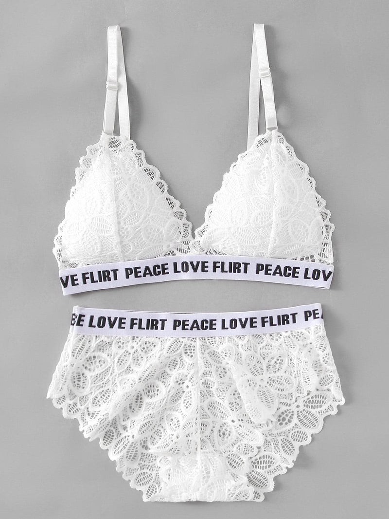 Sheer Scallop Letter Print Lace Bra Set