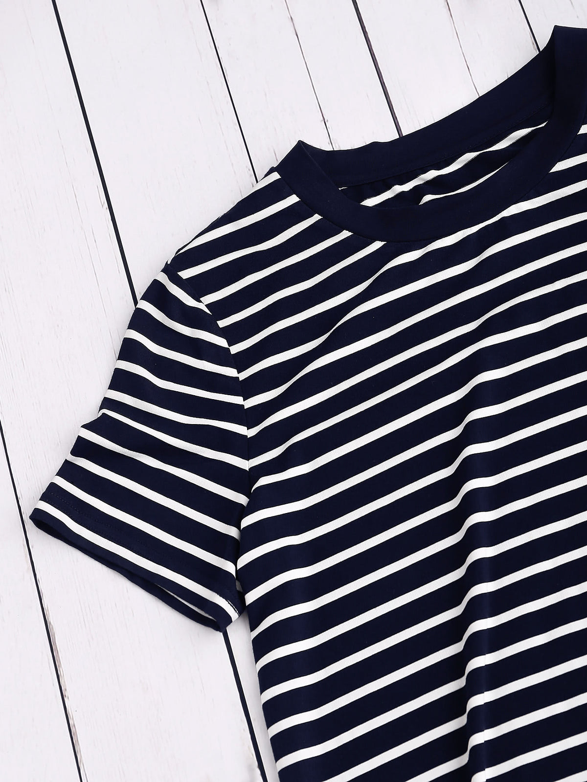 Ribbed Neck Striped Tee