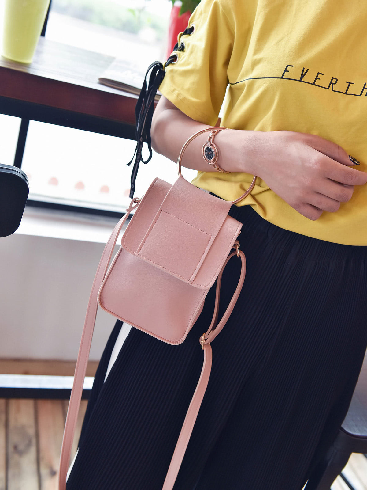 Ring Design Flap PU Shoulder Bag