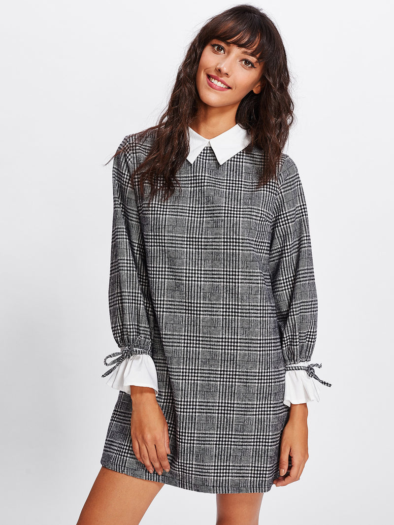 Contrast Tied Bell Cuff And Collar Plaid Dress