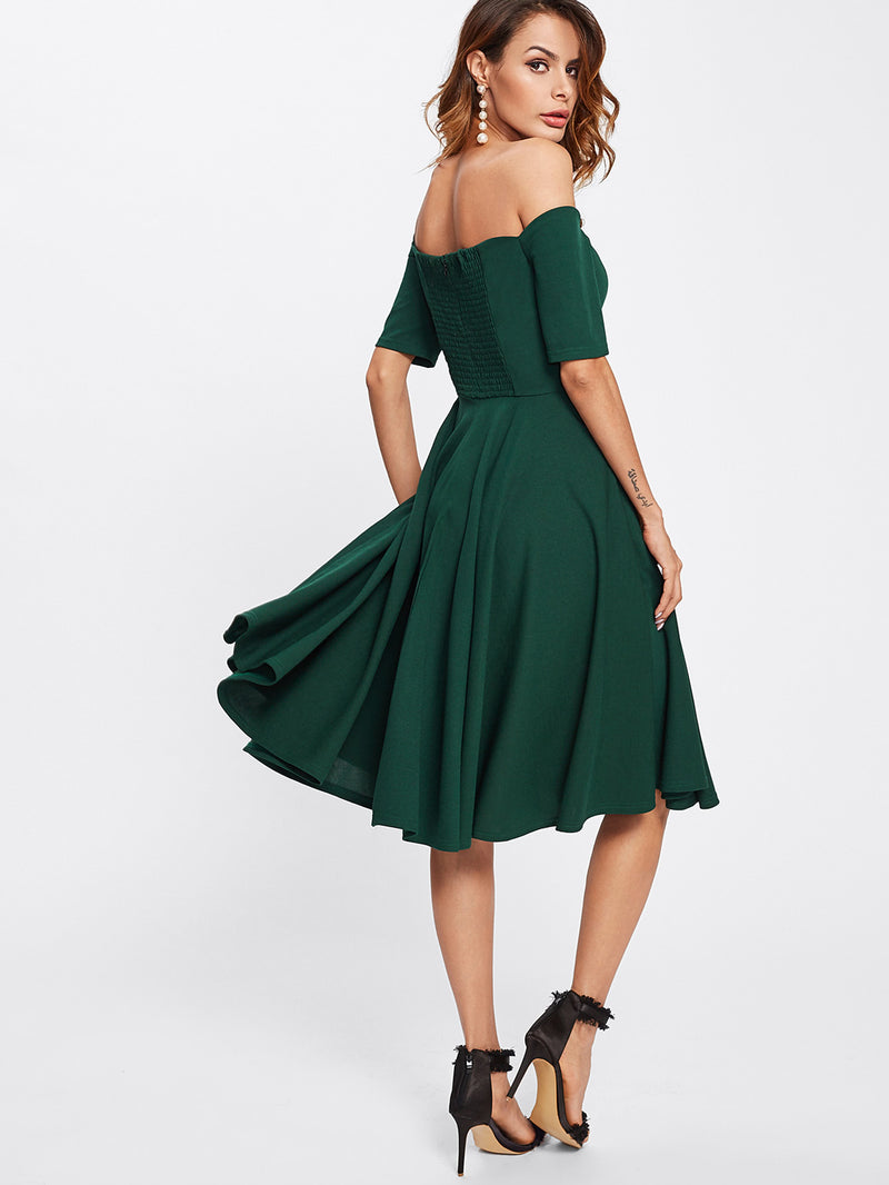 Scalloped Collar Pleated Dress