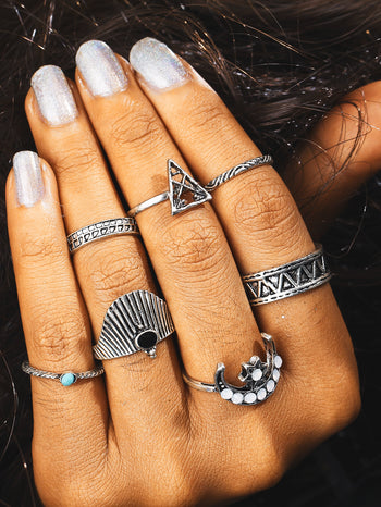 Moon & Hollow Triangle Design Ring Set