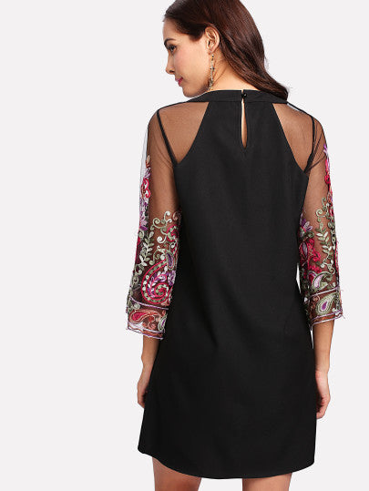 Embroidery Mesh Sleeve Keyhole Back Dress